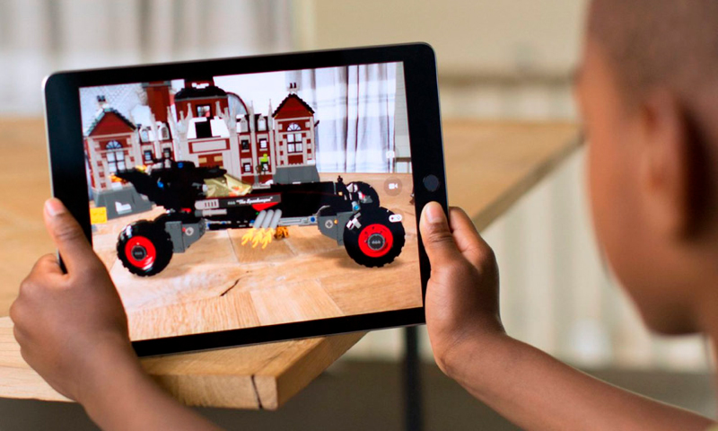 iOS 11: Augmented Reality Application